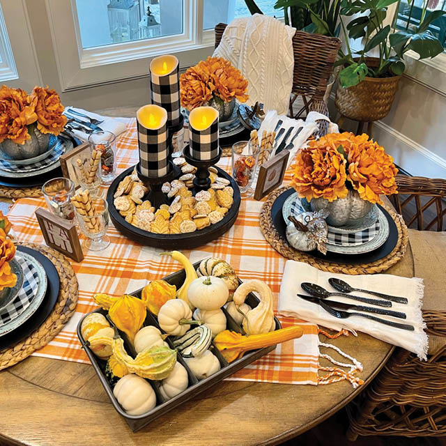 PUMPKINS AND PLAID WITH MIMI
