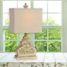 Chic Farmhouse Table Lamp Single