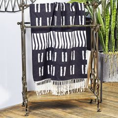 Freestanding Towel Display Rack