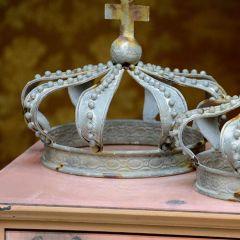Distressed Metal Decoratie Tabletop Crown