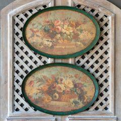 Vintage Inspired Oval Floral Print Set of 2