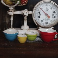 Colorful Stoneware Measuring Cups Set of 4