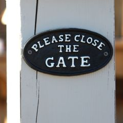 Please Close The Gate Cast Iron Sign