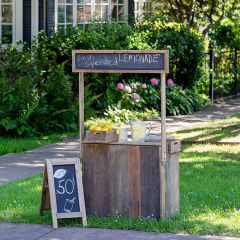 Chalkboard Lemonade Stand With Crates
