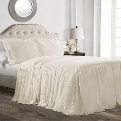 Traditional Elegance Bedding Set