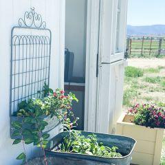 Metal Garden Gate Cottage Planter