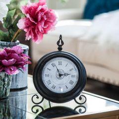 Antiqued Round Table Clock