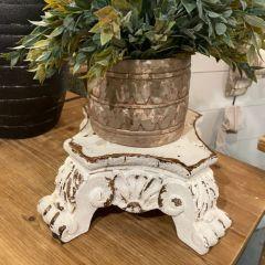 Ornate Pedestal Lamp Riser