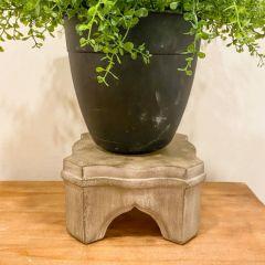 Elegant Country Tabletop Pedestal
