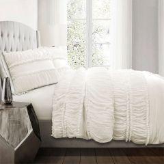 Elegant Ruffled Comforter