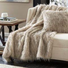 Luxurious Faux Fur Throw Blanket Natural