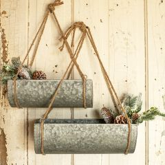 Farmhouse Metal Planter With Rope Hanger
