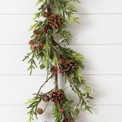Frosted Farmhouse Holiday Garland