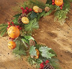 Holiday Fruit and Spice Decorative Garland