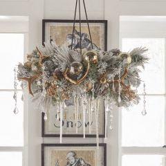 Metal Wreath Chandelier Hanger