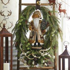 Oval Cedar Wreath With Pinecones