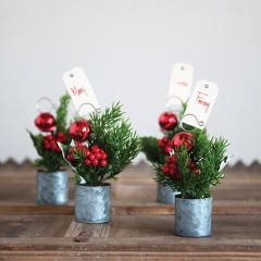 Potted Pine and Berry Sprig Place Card Holder Set of 4