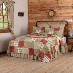 Prairie Farmhouse Patchwork Quilt