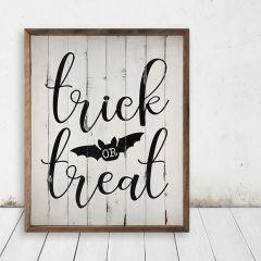 Trick or Treat Bat Whitewash Wall Sign