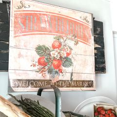 Vintage Inspired Strawberry Wall Decor