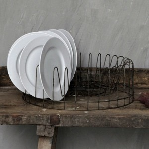 Large Round Wire Plate Rack